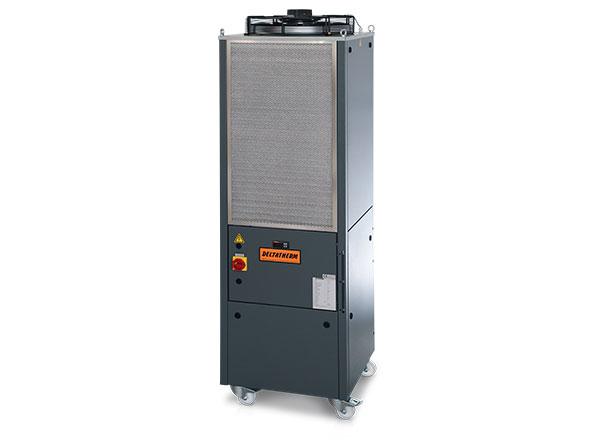 Graue DELTATHERM Maschine auf Rollen, mit Lüfter und Filter zur Kühlung von Industrieanlagen