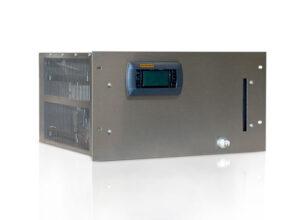 """Recirculating chiller or heat exchanger in 19"""" rack housing 6 HE"""
